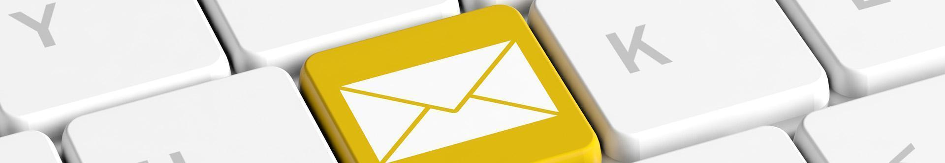 Klawiatura z ikoną maila